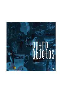135_entre_objetos